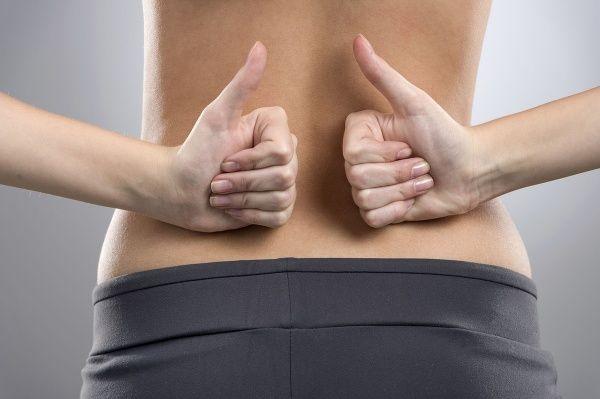 Ako schudnúť v páse a narovnať chrbát? Cvik, vďaka ktorému sa budete radovať z výsledkov už po pár dňoch!