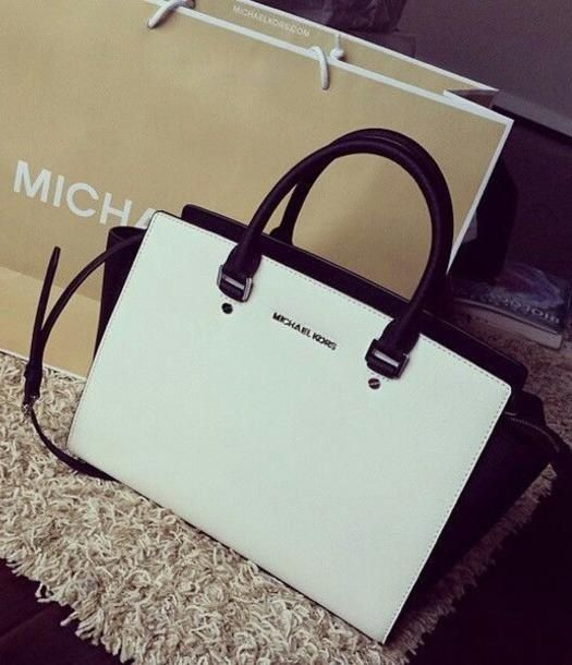 Michael Kors Large Selma Top-Zip Colorblock Satchel White