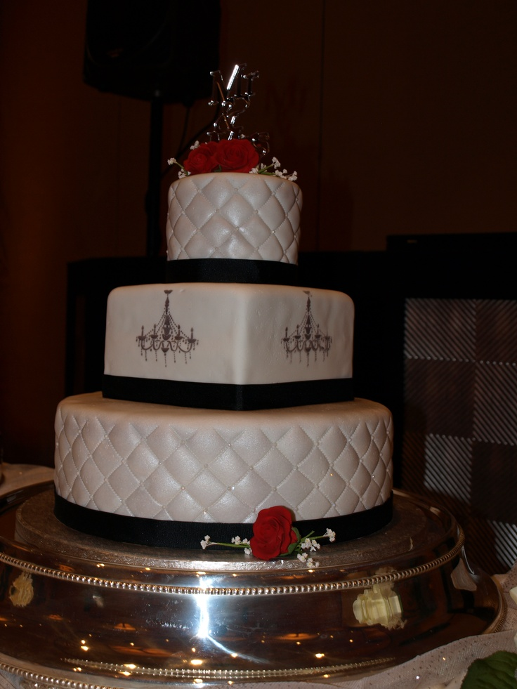 wedding cake silver ribbon silver chandelier wedding cake rolled fondant quilted 24552