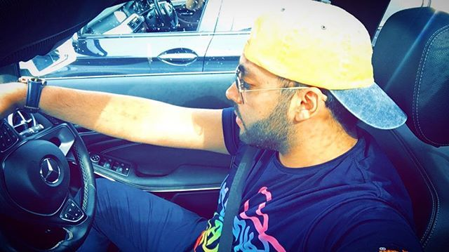"""Sir utto langan Fly karke, uchiyan ni gallan tere yaar diyan !!! . . . . #me #rayban #mississauga #brampton #toronto #6ix #weekend #vibes #benz #gwagon #gclass #menfashion #beards #instagram #torontolife #punjab #att #watches #mercedes #weather #colors #superdry #canada #travel #travelblogger"" by @supreetuppal. #dametraveler #instalive #ilove #instalife #sightseeing #unlimitedparadise #tour #visiting #destination #explorephilippines #instagramphotos #travelphilippines #wowphilippines…"