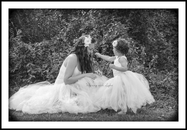 Beautiful Mother and Daughter photoshoot in south camden NSW.  #trees #tutus #prettybaby #babygirl #mumma