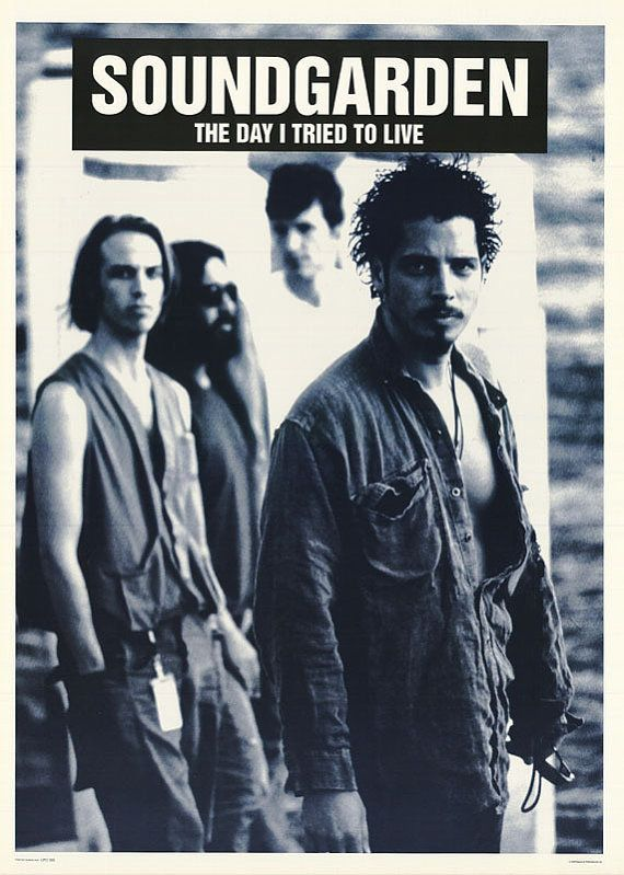 Soundgarden ~ Chris Cornell is so freaking HOT and has a voice that gives me chills ❤️