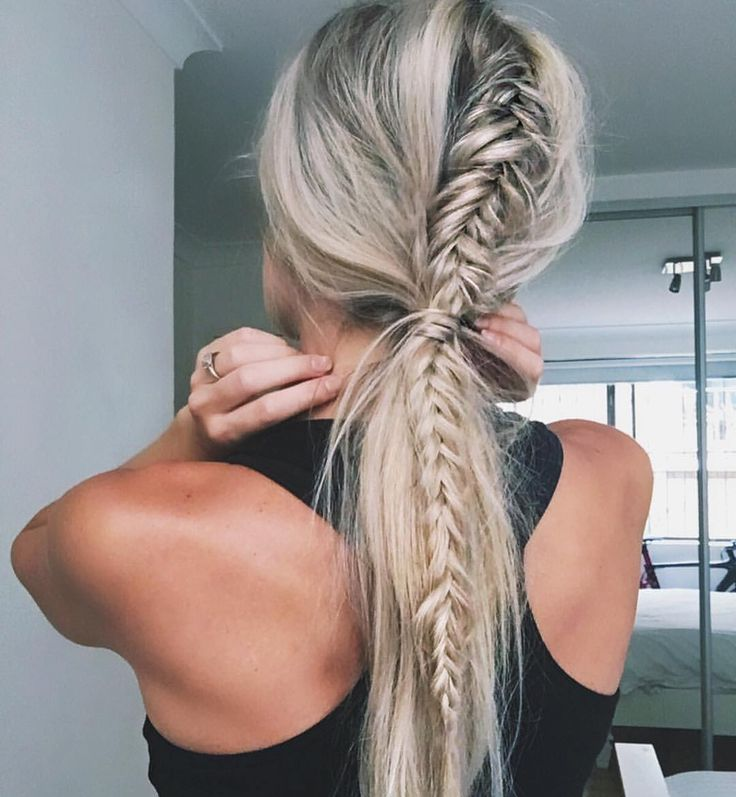 Messy fishtail braid in pony