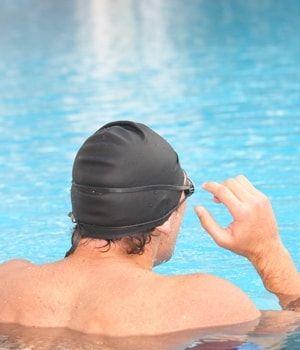 avant d'entrer dans l'eau, avez-vous pensé à bien vous échauffer ?