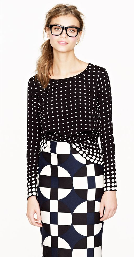 LE FASHION J CREW SALE GRAPHIC PRINT SWEATER DOTS PRINT PENCIL SKIRT THICK BLACK FRAME EYEGLASSES 3.  Whats a pencil skirt you may ask