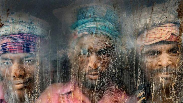 Pour ce deuxième prix, le photographe (Faisal Azim) s'est rendu sur un chantier de concassage de gravier, à Chittagong au Bangladesh.