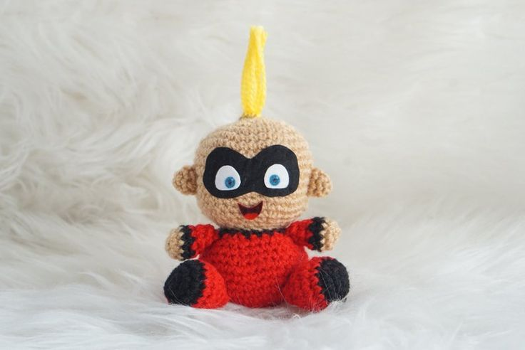 Com este padrão de Amigurumeria você verá como fazer um Jack-Jack The Incredibles Pa ...