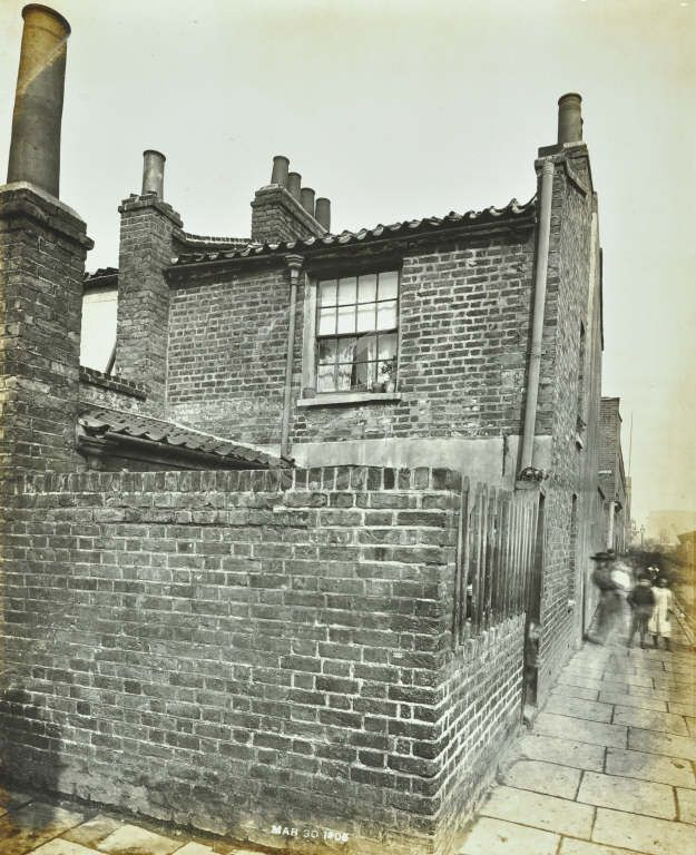 Adam Street, by Oran Place, Rotherhithe, 1904