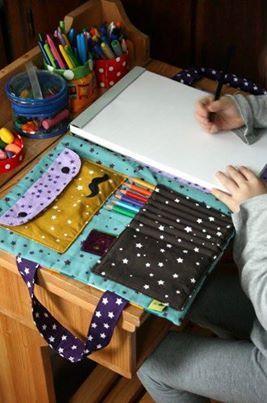 Organizador portátil para un artista.