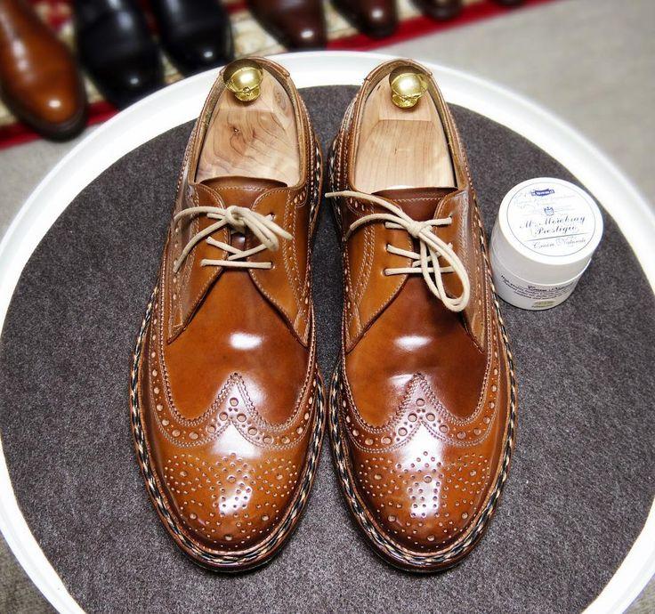 Heinrich Dinkelacker  今日履いてた靴コードバンクリームやめてクリームナチュラーレにしてみました #heinrichdinkelacker #shoes #mensshoes #shoecare #cordovan #ハインリッヒディンケラッカー #ハインリッヒディンケルアッカー #紳士靴 #革靴 #靴磨き #シューケア #コードバン