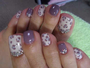 pedicure, purple, white, sparkly, nail art