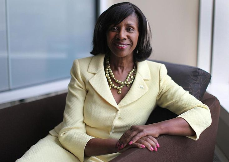 Paulette Brown is the first black woman to lead the 400,000 - member American Bar Association, which until 1943, did not allow African-Americans to join. She is a graduate of Howard University and Seton Hall Law School. #BlackHistory