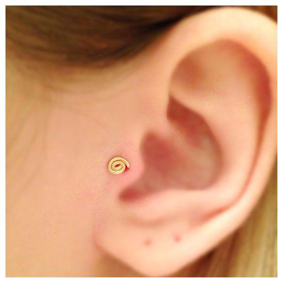Winzige 14k Gold gefüllte Spirale Tragus Ohrring, Gold Tragus Stud, Tragus Piercing, Nase Ring, Sterling Silber Ohrring