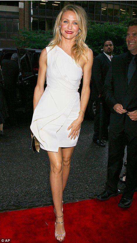 """Cameron Diaz in J. Mendel Resort 2010 at the N.Y. premiere of """"My Sister's Keeper"""", Jun 2009"""