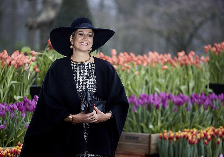 Koningin Máxima bij uitreiking tuinbouwprijs in Lisse (fotoserie) -  Koningin Maxima bij het Oranje Nassau Paviljoen in de Keukenhof, voorafgaand aan de uitreiking van de Tuinbouw Ondernemersprijs. beeld ANP