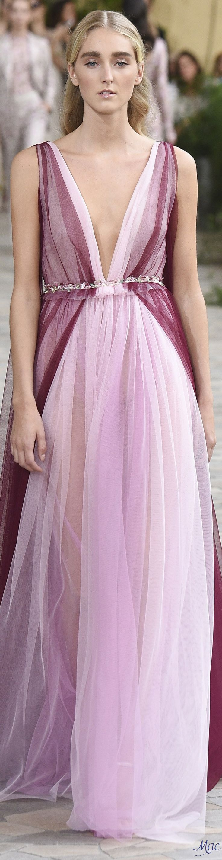 Spring 2017 Ready-to-Wear Luisa Beccaria jαɢlαdy