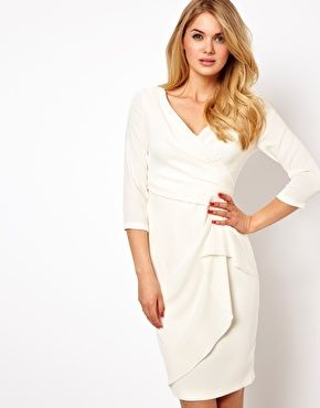 Coast - Enna - Robe 153€