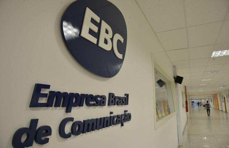   Sindicato dos Jornalistas questiona EBC sobre censura no carnaval   Segundo entidade, direção vetou cobertura de assuntos políticos em órgãos de imprensa públicos