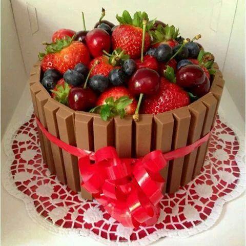 Fruit&KitKat