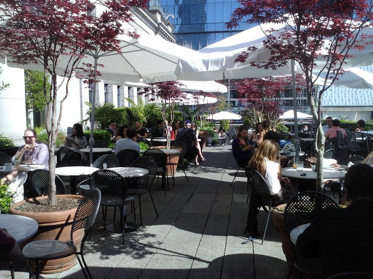 Vancouver Art Gallery Cafe, May 14, 2014.