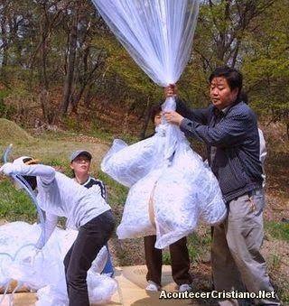 Noticias Cristianas...Envían Biblias en globos para cristianos perseguidos de Corea del Norte...