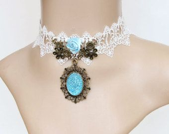 Collier gothique by Marieedaujourdhui on Etsy
