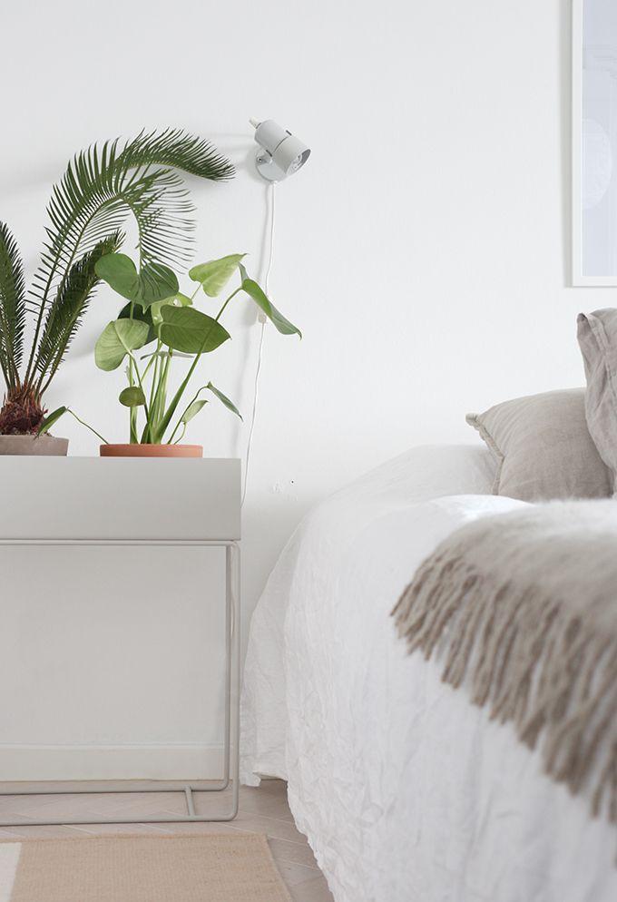 Via Dekolehti | Ferm Living Plant Box | White Grey and Green