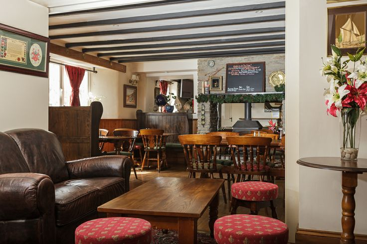 The Globe Pub, Frogmore