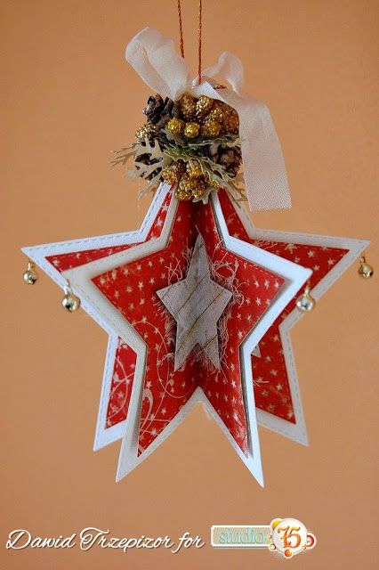 Gwiazdkowa bombka / A decoration on Christmas tree
