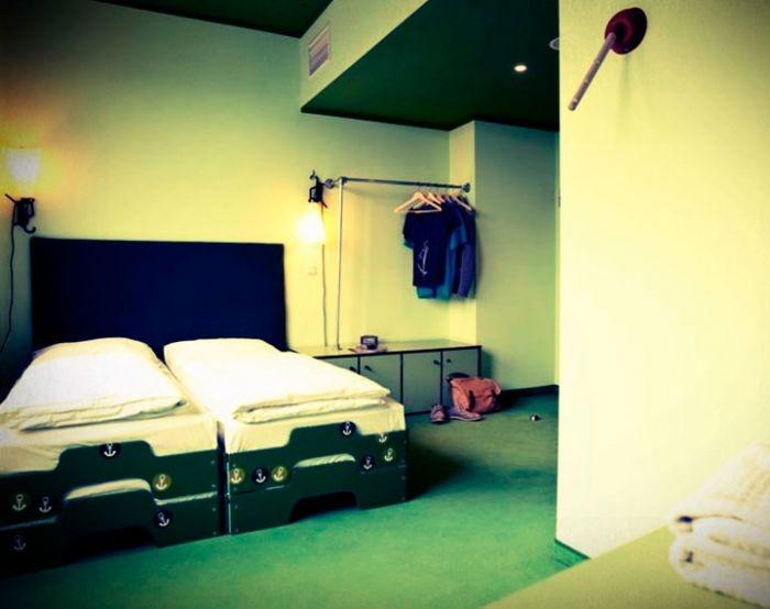 24 best leuke plekken weekendje weg images on pinterest hamburg germany hostel and. Black Bedroom Furniture Sets. Home Design Ideas