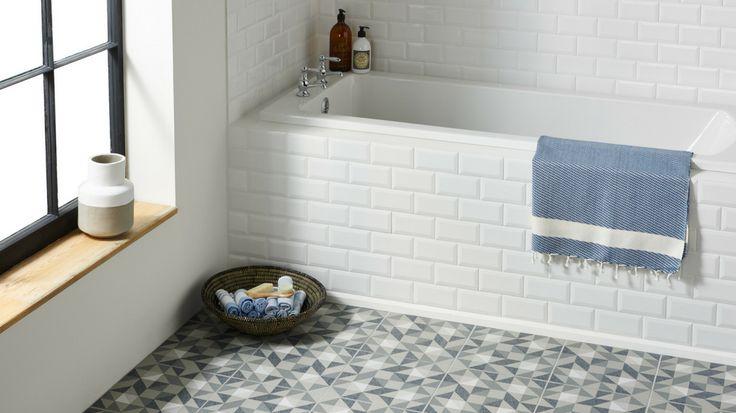 Choisir carrelage salle bain differents motifs