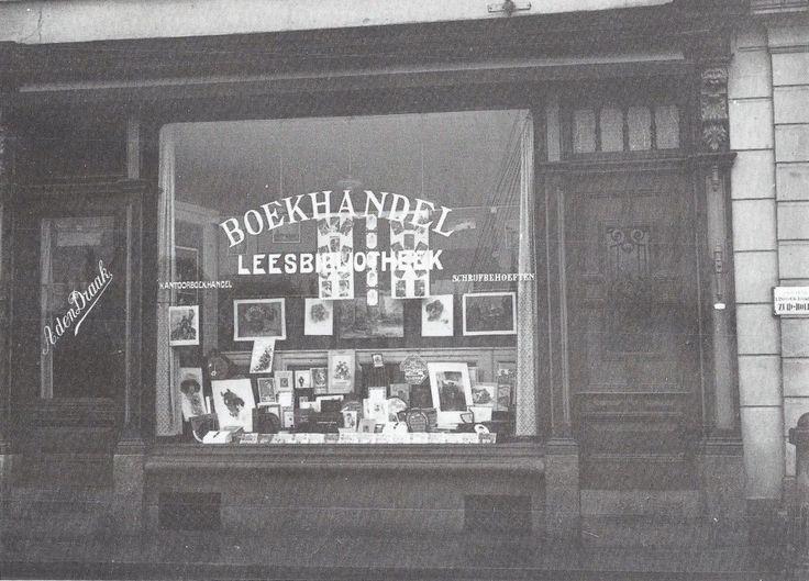 Boekhandel den Draak Eendrachtstraat Later verplaatst naar de Hoogstraat