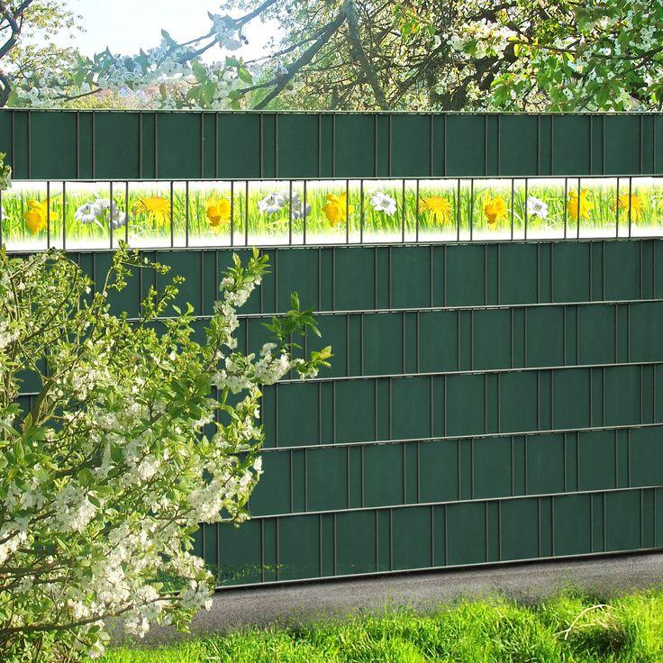 Frühling im Gartensichtschutzzaun! Die bedruckten PVC Zusatzstreifen mit dem Motiv einer Frühlingswiese einfach einflecht.