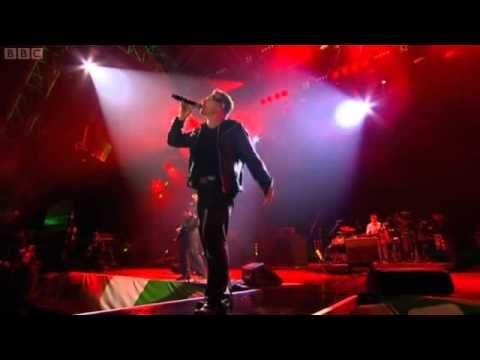 U2 Glastonbury LIVE 2011[FULL CONCERT]. Edge speaking in the beginning...adorable!