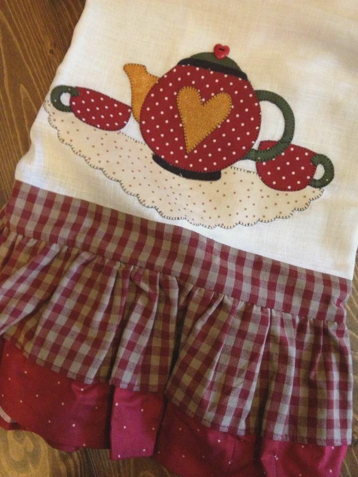 Kitchen towel with tea pot and cups appliqué