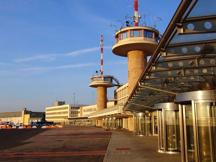 10 repülőtéri jótanács kezdőknek és haladóknak - repülés repülőtér Ferihegy :: ÚtiSúgó.hu