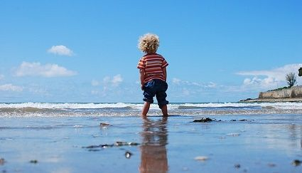 These still water beaches are calmer than the nearby ocean surf beaches, generally a little quieter in terms of the number of people and absolutely perfect for little ones to enjoy. Here's a list of the best beaches in Pittwater!