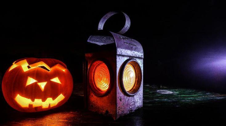 Halloween Series: DIY Halloween Decorations With Battery Powered LED Tea Lights #halloween #LED #tealights #ledtealights
