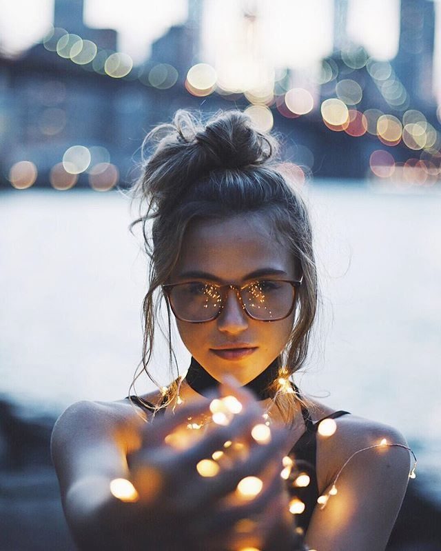Glasses, bun, fairy lights, bokeh? #FriendshipGoals with @brandonwoelfel ✨