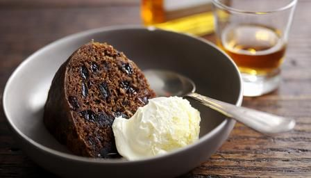 Clootie pudding - a traditional Scottish dessert