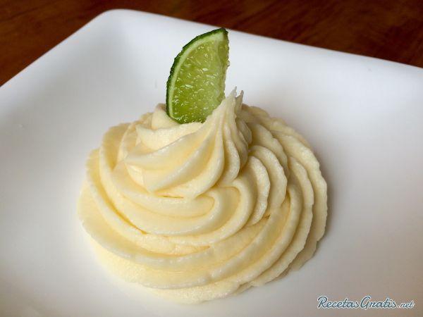 Crema de limón para relleno #ResposteríaFácil #RecetasdeCocina #RecetasFáciles #Postres #CremaPastelera