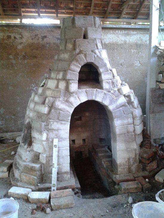 Gaya Ceramic Arts Center   Bottle Kiln Building & Firing.