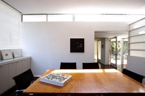 i am sucker for high thin horizontal windows. Rudolf Schindler's Buck House