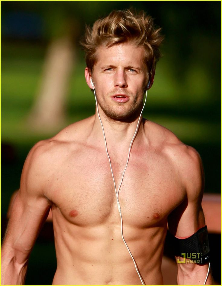 Matt Barr - psycho Derek from one tree hill