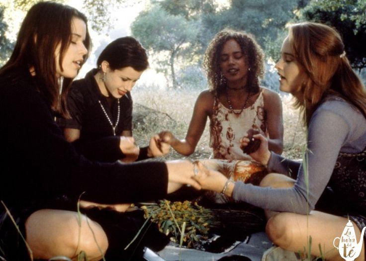 6 películas sobre brujas que te recomendamos. Para mi, las brujas siempre han sido una representación del poder de la mujer cuando unimos nuestras fuerzas.