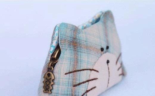 Cat Wallet - via @Craftsy