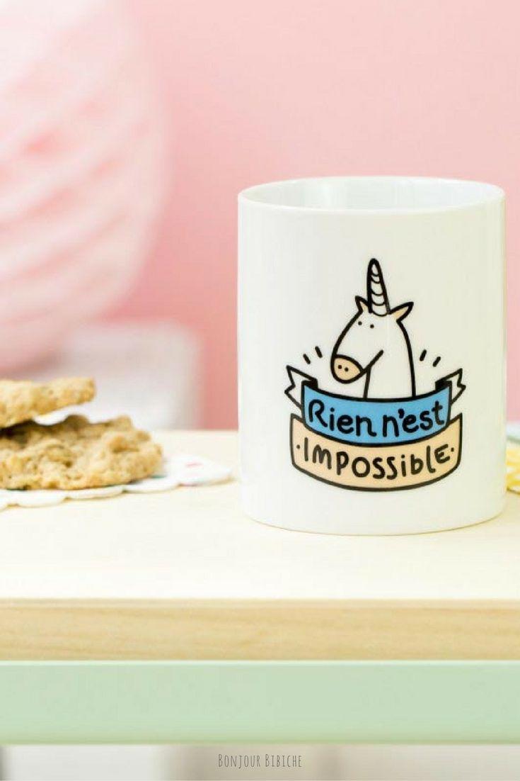 Rien n'est impossible, parole de licorne. Un chouette cadeau à offrir à une amie qui a besoin d'encouragement,la maîtresse de ses enfants ^^ ou une fan de l'emoji licorne  Le mug licorne est le best seller de la marque Mr Wonderful, et disponible sur la boutique en ligne de @bonjourbibiche #cadeau #licorne #noel