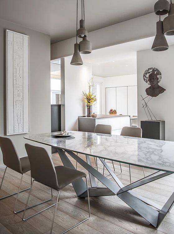 Oltre 25 fantastiche idee su sedie per la sala da pranzo for Sedie design tavolo pranzo