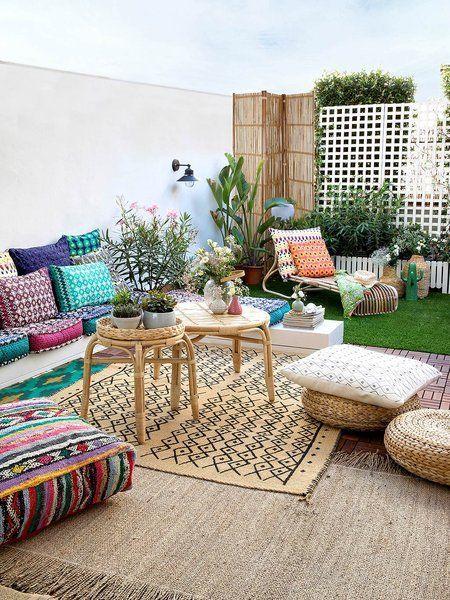 Una terraza decorada con encanto boho chic terrazas - Patios pequenos con encanto ...