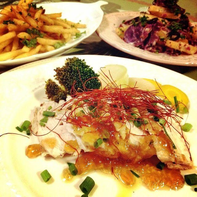 鶏胸肉はしっとりして、美味しかった! - 176件のもぐもぐ - 鶏胸肉のしっとり焼き   ポン酢ジュレソース・                           マスタード温野菜サラダ・                             アンチョビガーリックバターのフライドポテト by 1125shino